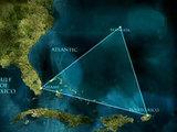 В зоне Бермудского треугольника обнаружены пирамида и НЛО