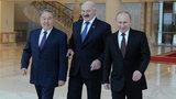 Кремль отказался комментировать перенос визита Путина в Астану