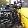 Момент аварии под Тверью попал на видео