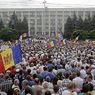 В Кишиневе десятки тысяч человек вышли на антиправительственную акцию протеста
