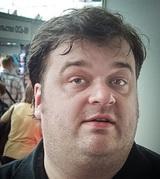 Скандал с Бузовой сподвиг Губерниева подарить Василию Уткину палки для скандинавской ходьбы