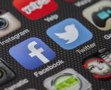 Власти задумались о смягчении требований к Facebook и Twitter, которые всё равно не выполняются