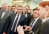 Депутатам посоветовали делиться деньгами с народом