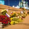 """Сотрудники """"Гормоста"""" снова прибрались в Немцовском мемориале"""