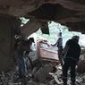 Под рухнувшим зданием погиб водитель экскаватора