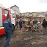 Ветхое здание обрушилось в Новосибирске, под завалами оказались люди