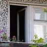 Житель Подольска выбросил из окна семилетнюю падчерицу