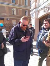 Милонов повздорил с эвакуаторщиками и вызвал полицию
