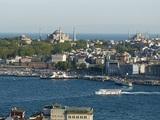 В Турции по запросу военных перекрыли пролив Босфор