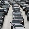 Российские автомобилисты предпочитают черный или белый цвет для своей машины