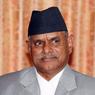 Президент Непала провел тревожную ночь в палатке