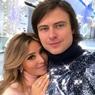 Невеста Прохора Шаляпина показала помолвочное кольцо с огромным бриллиантом