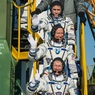 "Капсула ""Союза ТМА-19М"" с космонавтами на борту успешно приземлилась в Казахстане"
