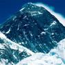 В сети появилась запись схода лавины на Эвересте (ВИДЕО)