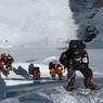Эверест закрыли для туристов на неопределенный срок