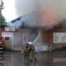 Пожар на омском складе нефтепродуктов удалось локализовать