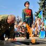 На Пискаревском кладбище погас Вечный огонь