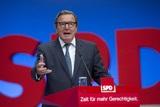 """Бывший канцлер Германии Герхард Шредер попал в базу данных сайта """"Миротворец"""""""