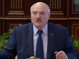 """Лукашенко поручил закрыть """"каждый метр"""" границы, чтобы Литва нелегалов назад не вернула"""