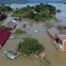 На севере Китая из-за сильных дождей один человек погиб, 8  пропали без вести