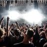 Без масок, если по QR-кодам: в Москве обновили правила проведения концертов и выставок