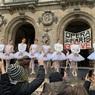 В Париже балерины станцевали против пенсионной реформы