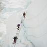 Депутатам Сидякину и Савченко не дает покоя Эверест