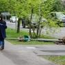 В Центральной России из-за урагана погиб человек и почти 60 пострадали