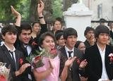 В Таджикистане выпускники остались без последнего звонка