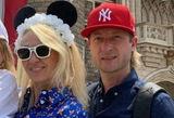 Плющенко и Рудковская сперва высмеяли слухи об измене, а теперь фигурист идет в суд