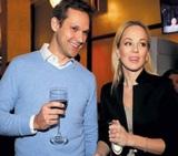 "Актриса из ""6 кадров"" Ирина Медведева сыграла свадьбу с французом"