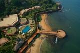 Индию не могут покинуть более 200 туристов