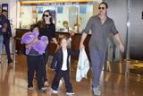 Джоли и Питт по просьбе детей решили вместе провести праздники