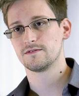 Сноуден женился в Москве, но подруга его - американка