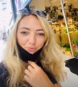 Светлана Малькова тоже показала переписку с бывшим мужем, в которой просит денег на детей