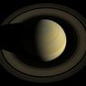 На загадочном Сатурне бушует шестиугольный шторм (ФОТО)