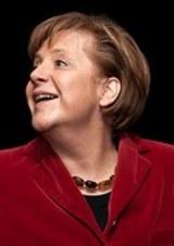Меркель:  после окончания холодной войны мир не наладил отношения с Россией