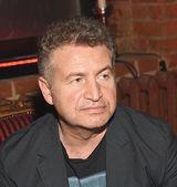 Леонид Агутин рассказал со сцены о борьбе маленького Давида с онкологией