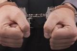 Два грека арестованы в Пирее за жажду заработать на обмане мигрантов