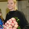 Анастасия Волочкова показала вертикальный шпагат с елкой