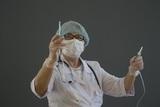 Главный инфекционист Ставрополья скрыла поездку в Испанию, и вышла на работу с коронавирусом