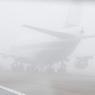 Мощный снегопад в столице отменил более сотни авиарейсов