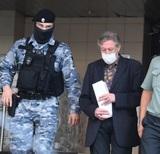Суд признал Ефремова виновным в ДТП и назначил реальный срок