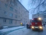 Жители аварийного дома на улице Буденного в городе Дзержинске спасались кто как мог