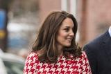 В соцсетях цвет платья Кейт Миддлтон связали с полом её будущего ребёнка