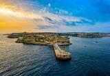 Десятки российских бизнесменов получили мальтийское гражданство, пишут местные СМИ