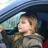 Пьяные в стельку родители доверили руль 9-летней дочери