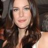 Папарацци сняли расплывшееся тело актрисы Лив Тайлер в бикини