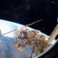 Робот «Федор» «посадил» спускаемый аппарат на Землю в Казахстане
