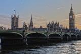 Экс-посол Великобритании госпитализирован после нападения в метро Лондона
